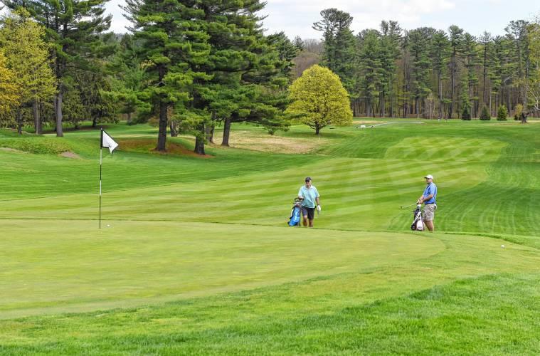 Baker Frees Massachusetts Golf Courses from COVID Lockdown