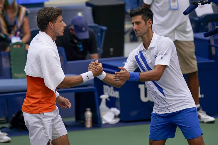 Athol Daily News Djokovic Out Of Us Open After Hitting Line Judge With Ball